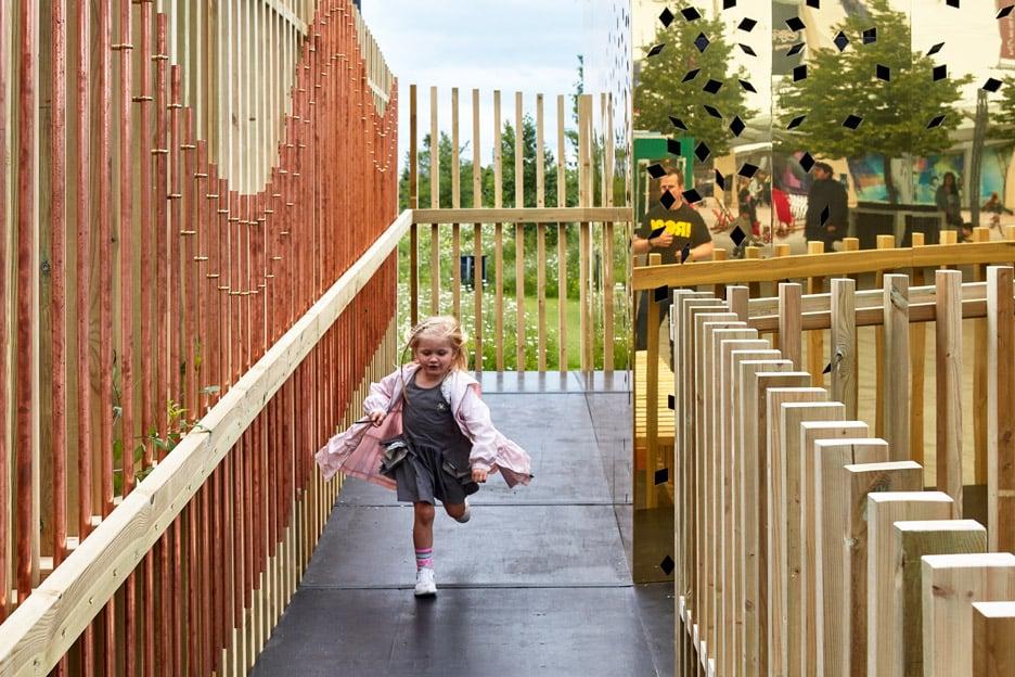 the-milkshake-tree-ph+-london-festival-architecture-2016-sensory-pavilion-cerebral-palsy-greenwich-london-uk-paul-raftery_dezeen_936_4