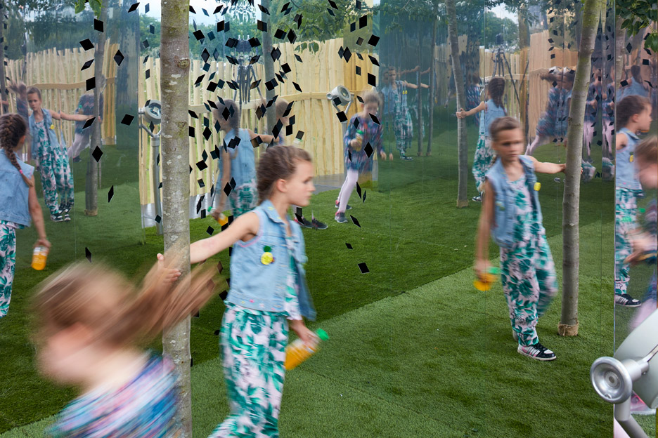 the-milkshake-tree-ph+-london-festival-architecture-2016-sensory-pavilion-cerebral-palsy-greenwich-london-uk-paul-raftery_dezeen_936_5