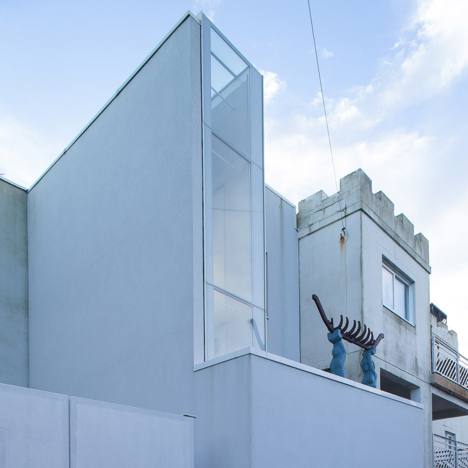 The Narrow House; Brighton & Hove, England, by Sanei Hopkins Architects