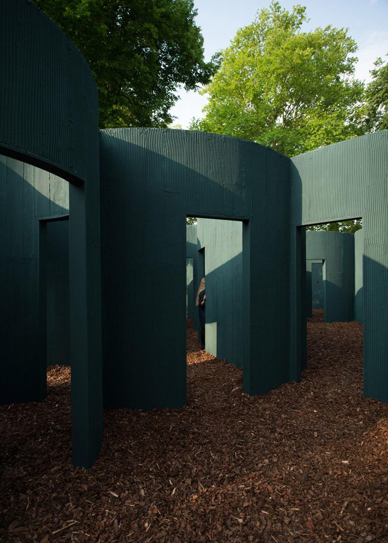 vara-pavilion-pezo-von-ellrichshausen-circles-venice-architecture-biennale-2016_dezeen_936_8