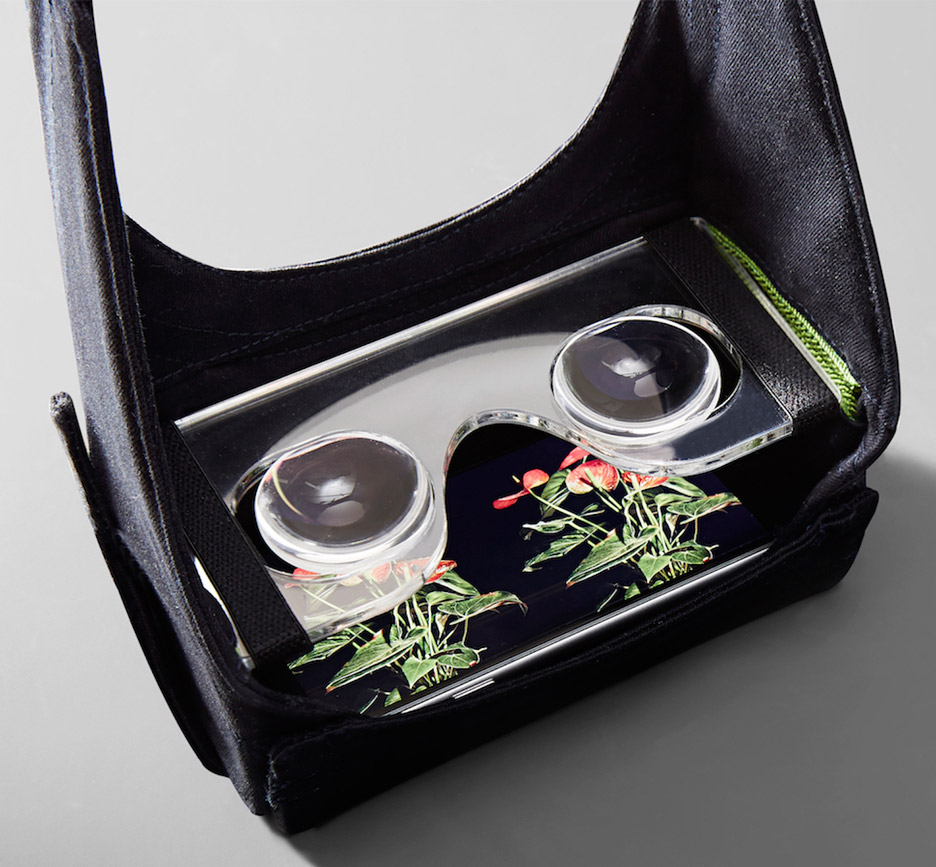 VR mask by Mona turns a users iphone into a virtual reality device