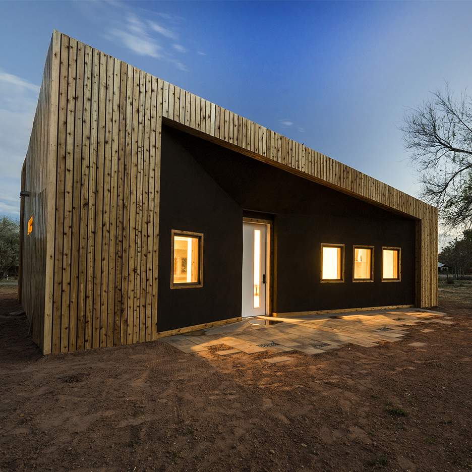 Architecture students create studio building in rural Utah using recycled materials