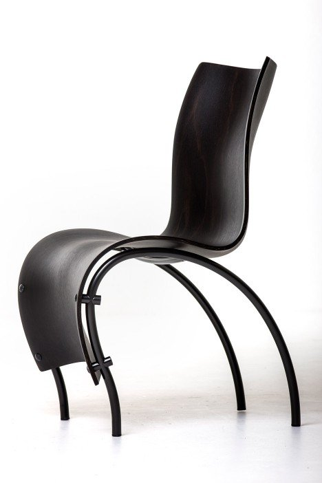 Remarkable Ron Arad And Moroso Create Curvy Chairs For Watergate Hotel Bralicious Painted Fabric Chair Ideas Braliciousco