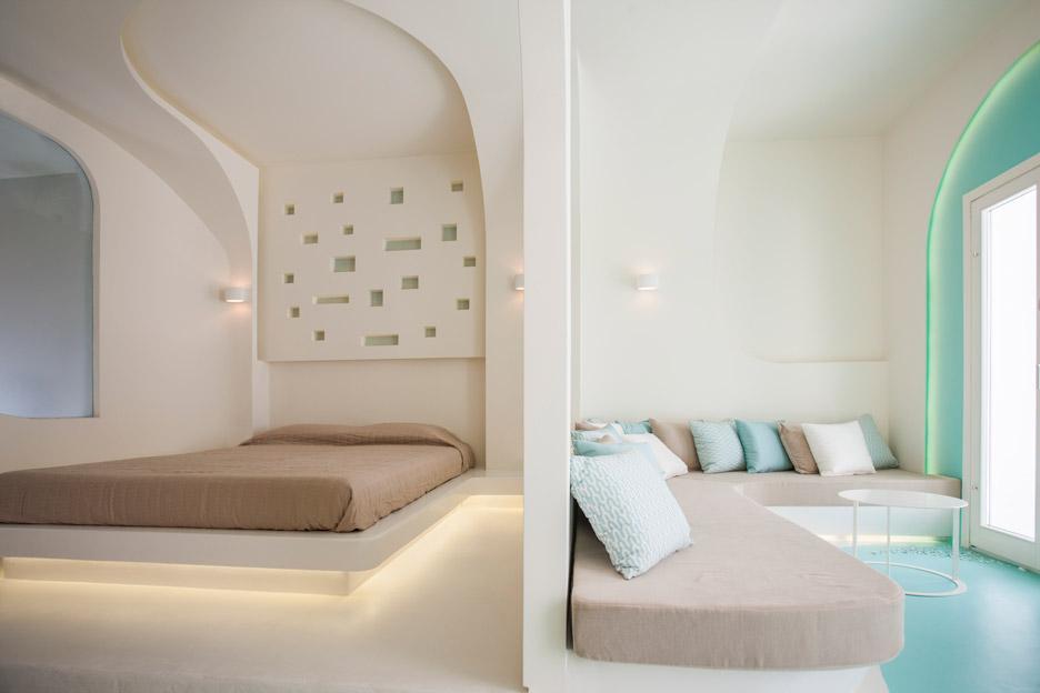 Andronikos Hotel Santorini by KLab