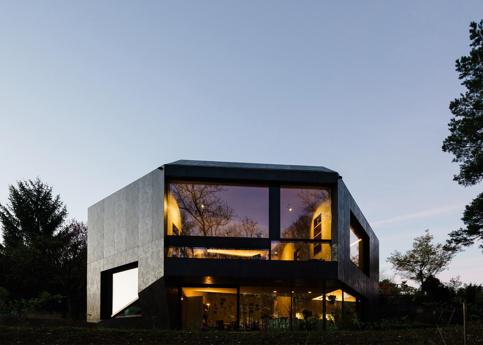 16 Of 16; Casa Forest By Daluz Gonzalez Architekten