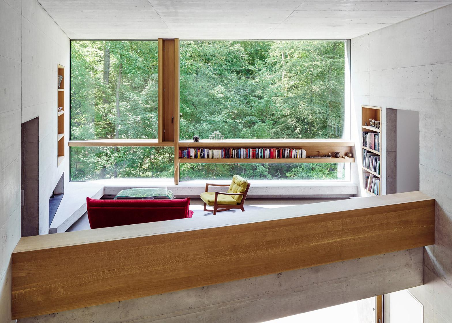 Crystalline house by Daluz Gonzalez Architekten has nest-like roof ...