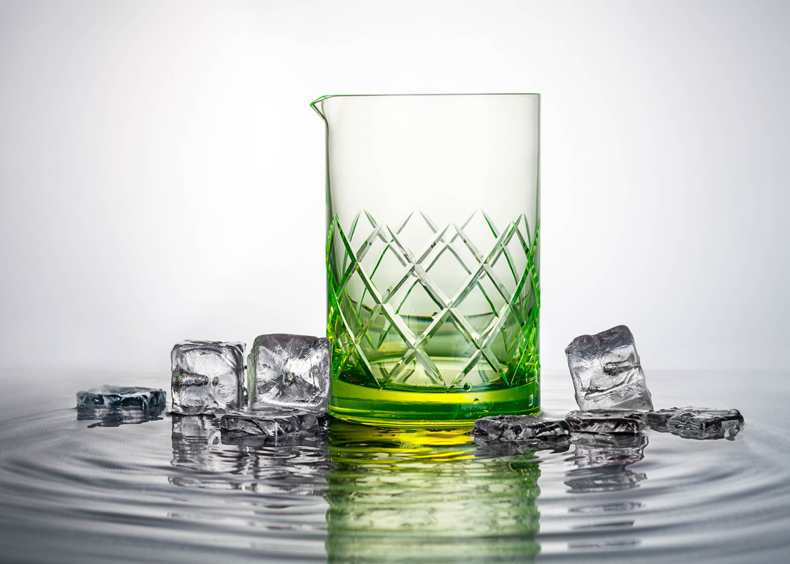 Uranium glassware by Martin Jakobsen reacts to UV light