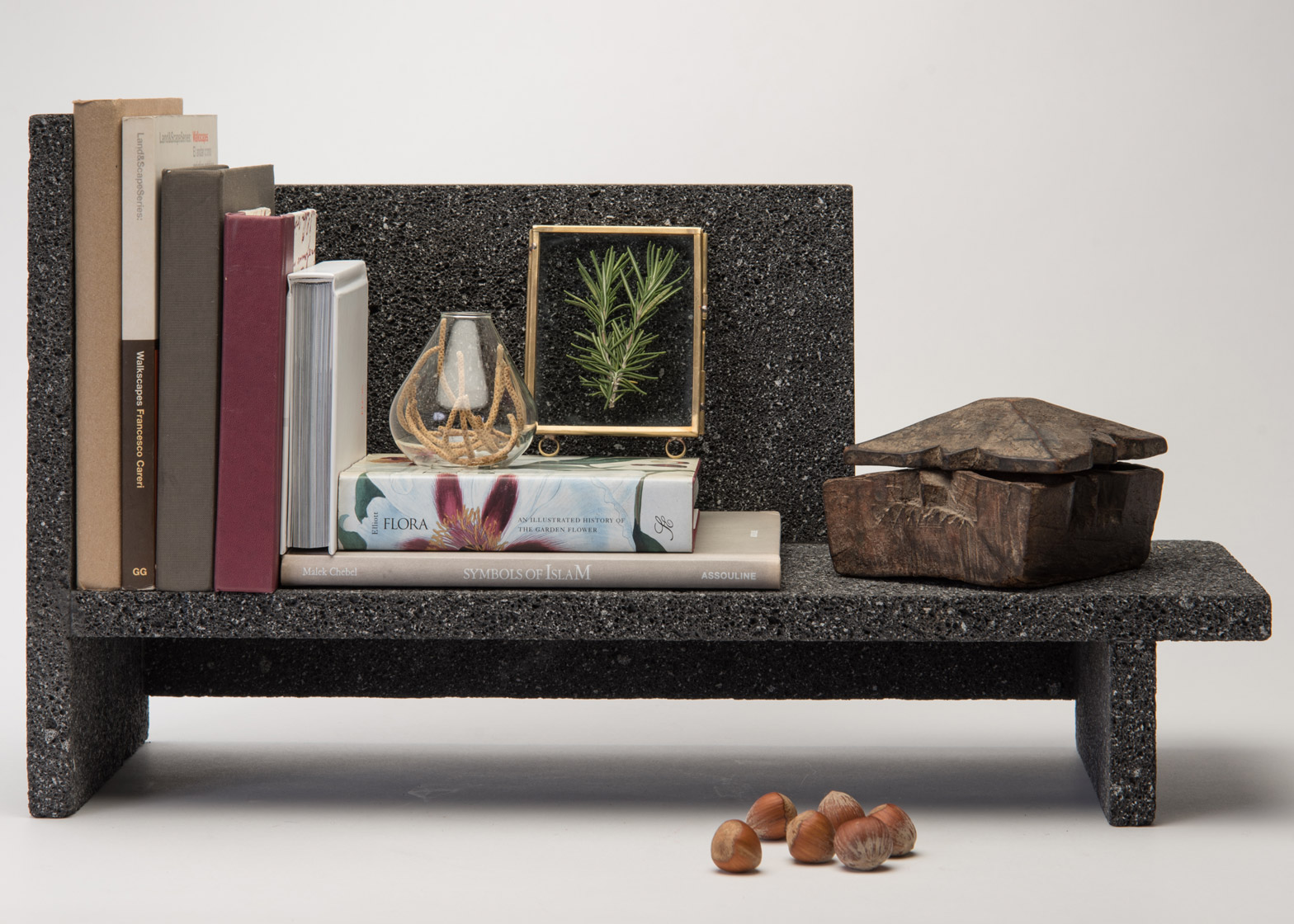 Lava shelves by Peca