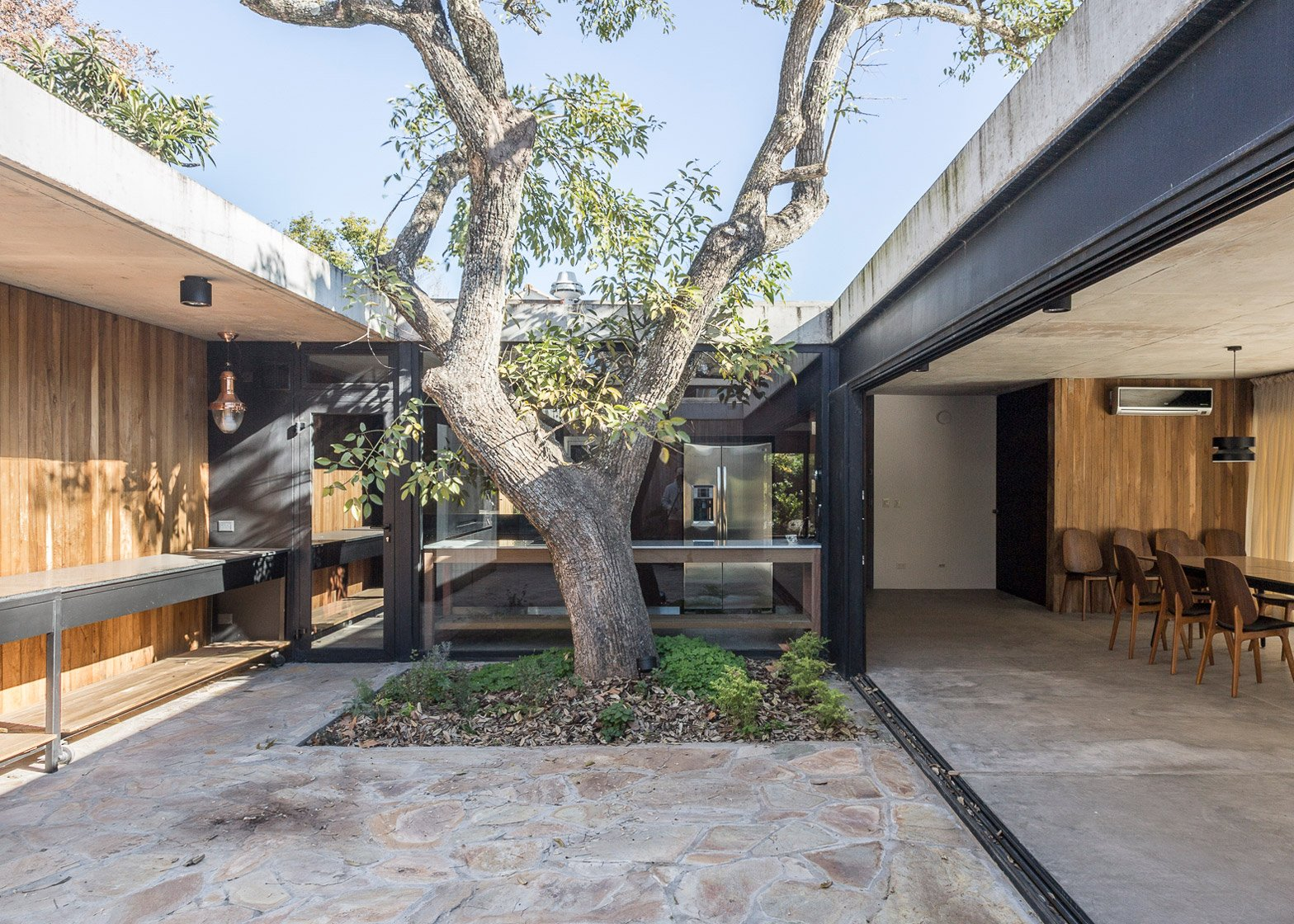 San Carlos House by Marcelo Del Torto