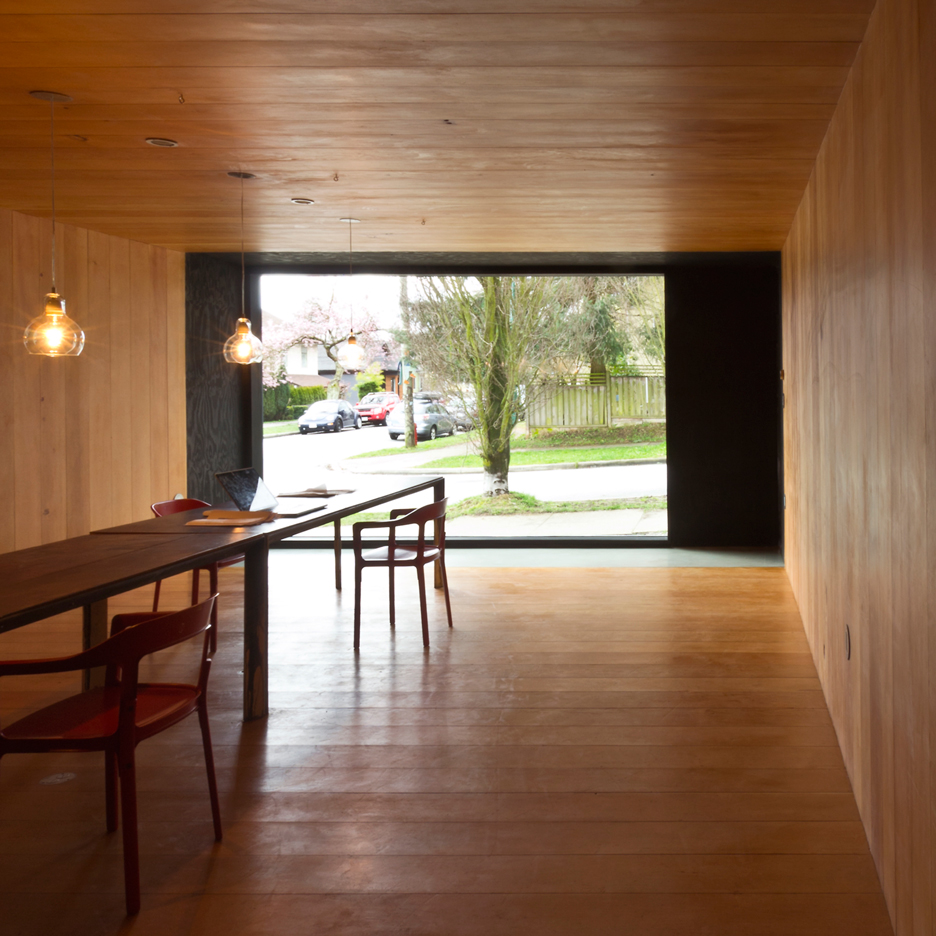 Studio-in-Vancouver-by-Scott-and-Scott-Architects_dezeen_retina-sq