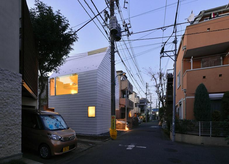 Town House in Takaban, Japan, Niji Architects