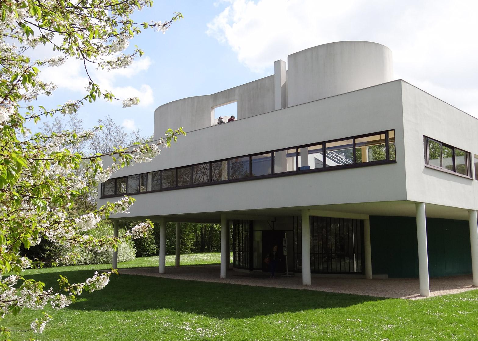 Villa Savoye et loge du jardinier, Poissy, France, 1928
