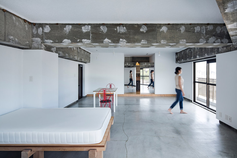 Xchange Apartment by Tank