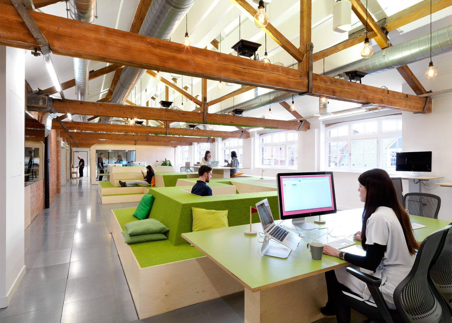 Captivating Open Plan Office Design Is Preventing Workers From Concentrating, Studies  Find