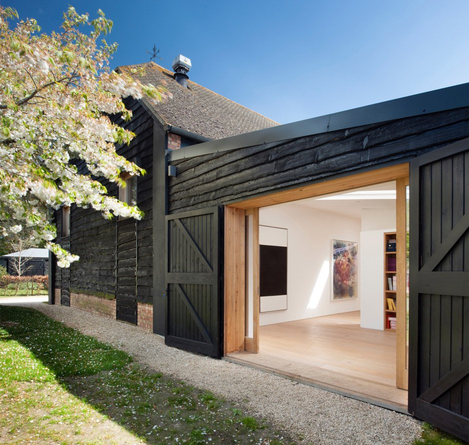 Albion Barn by Studio Seilern Architect
