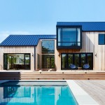 "Studio Zung creates cedar-clad ""modern barn"" in the Hamptons"