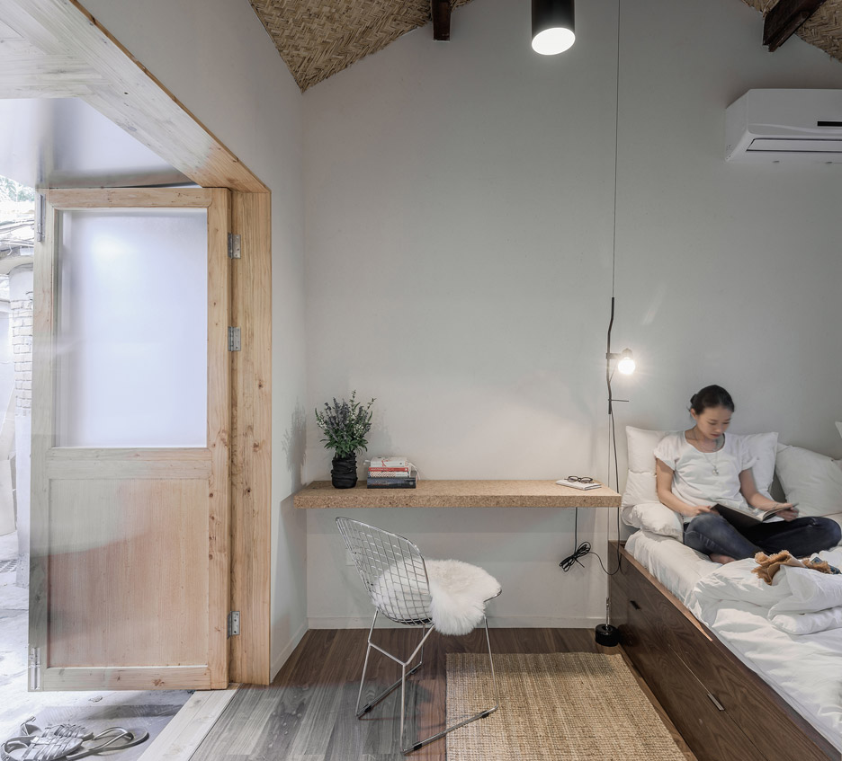 BigSmallCoffee+B&B by OFFICE AIO