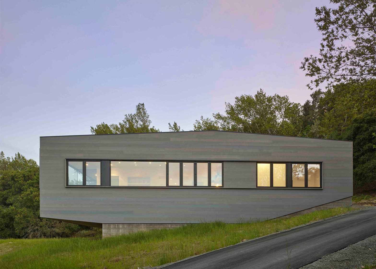 Box on a Rock by Schwartz & Architecture