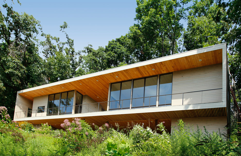 Bridge Studio by Hanrahan Meyers Architects