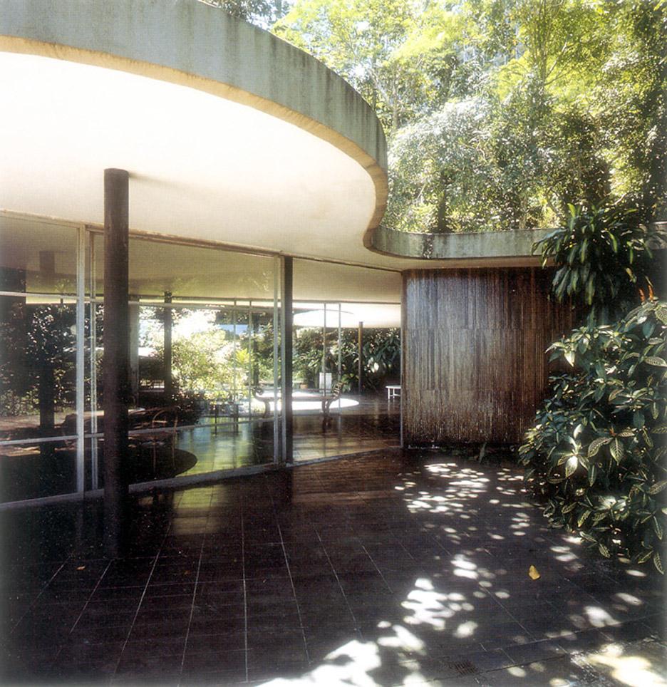 Casa das Canoas by Oscar Niemeyer, 1951