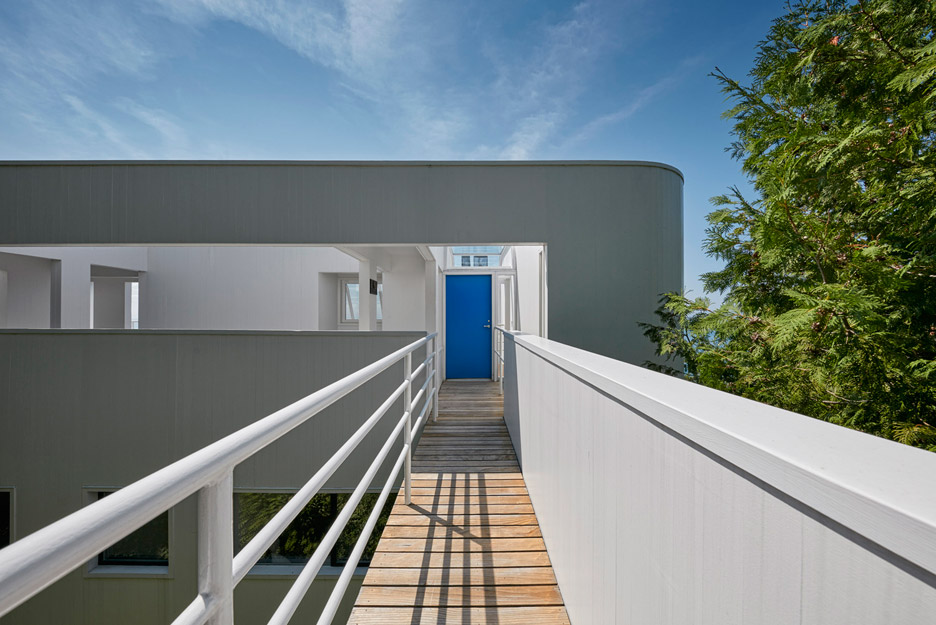 Douglas House by Richard Meier and Partners