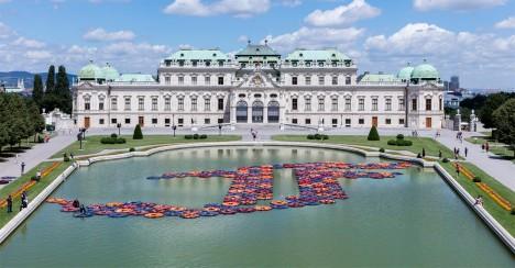 Ai Weiwei creates lotus-like installation from refugee life jackets
