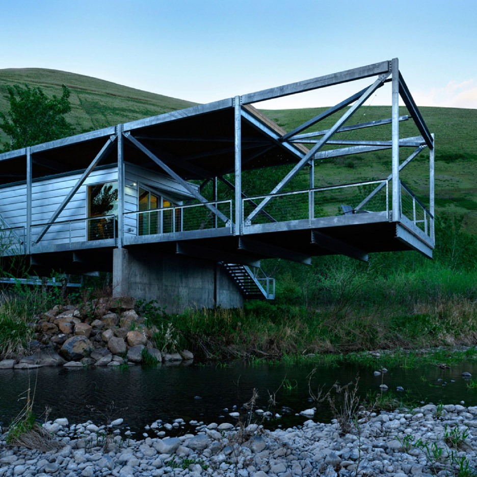 Flood Plain House by Paul Hirzel