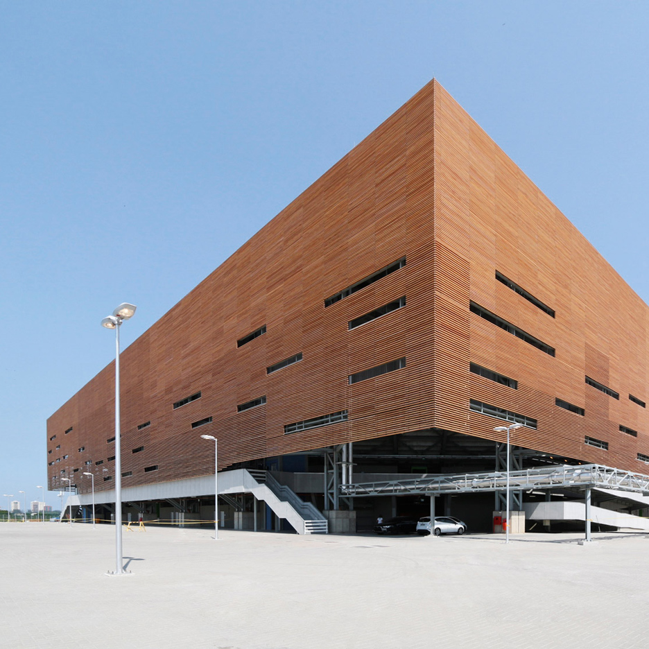 future-stadium-rio-2016-and-architects_dezeen_1568_0