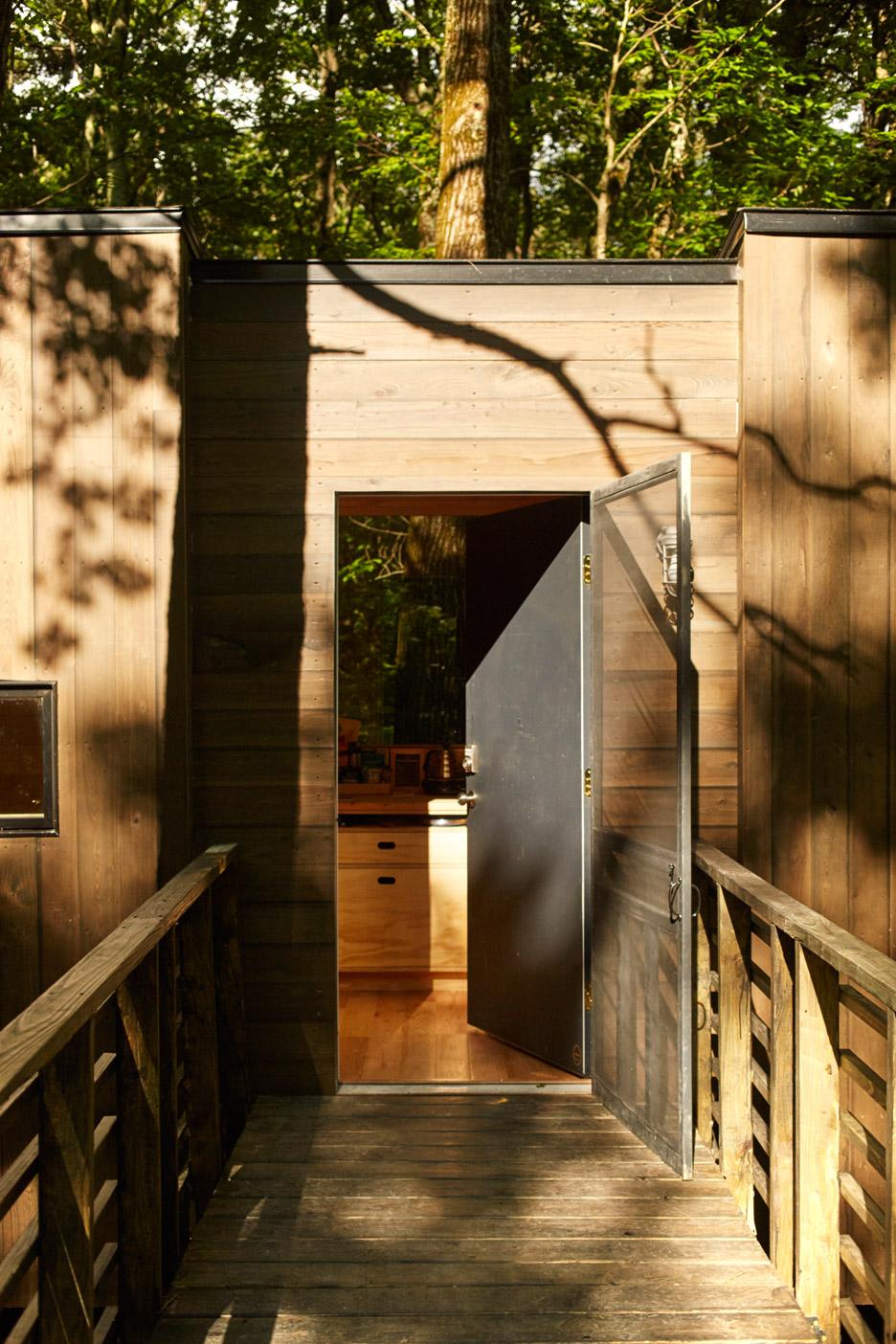 The Isidore Cabin near New York