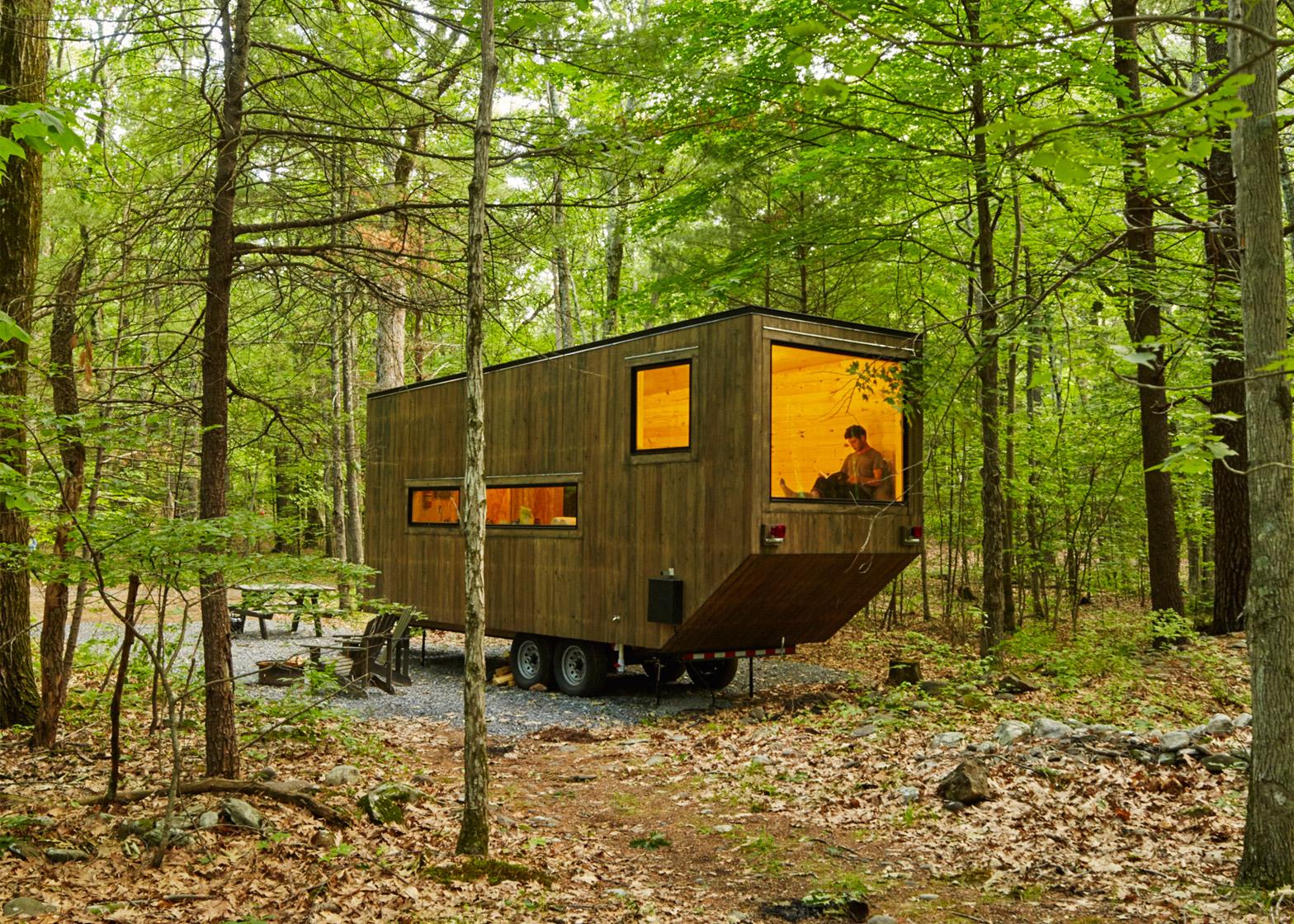 The Maisie Cabin near New York. Photograph by Roderick Aichinger