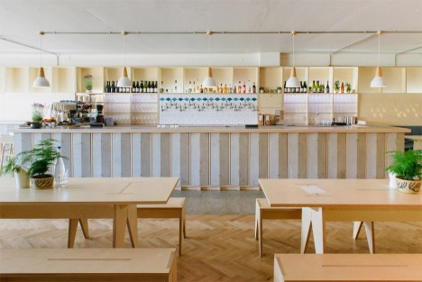 """Fleet Architects creates timber """"nest"""" and zigzagging bar for east London brewery"""