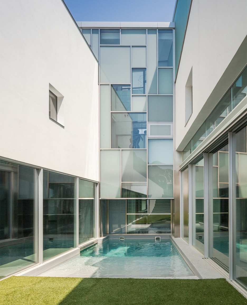 house-h-abiboo-architecture-villa-madrid-spain_dezeen_936_31