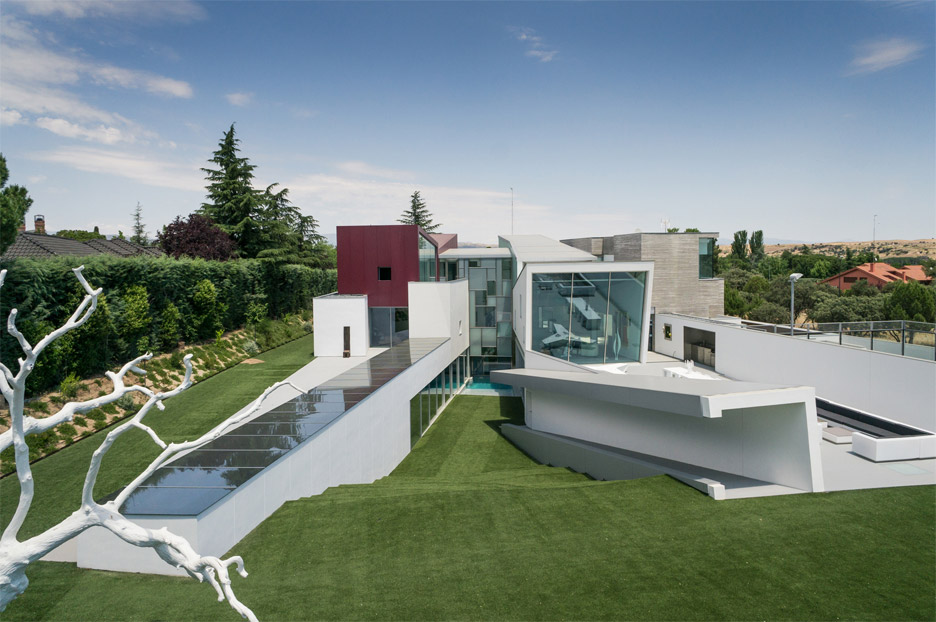 house-h-abiboo-architecture-villa-madrid-spain_dezeen_936_4