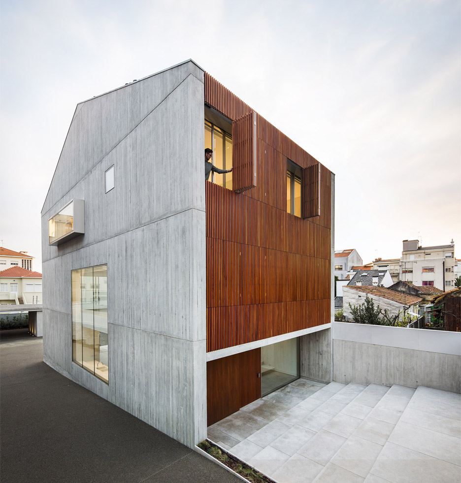 house-in-bonfim-by-azo-sequeira-arquitectos-porto-portugal-_dezeen_936_23