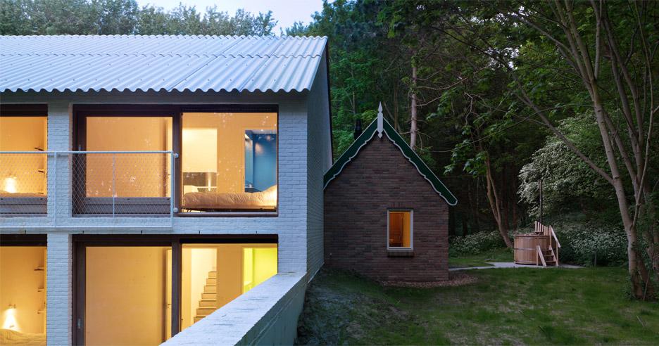 house-in-the-woods-studio-nauta_dezeen_936_9