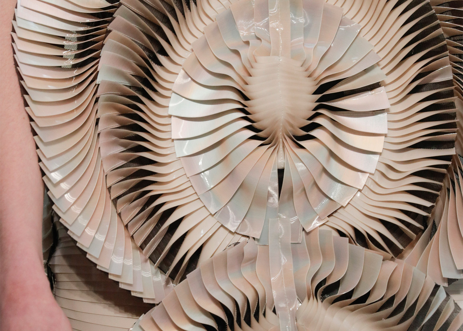 Glass bubble dress features in Iris van Herpen's Autumn Winter ...