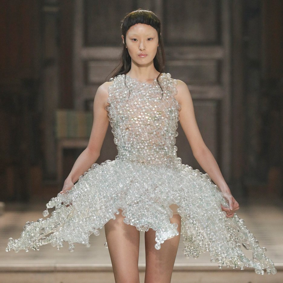 Glass bubble dress features in Iris van Herpen's Autumn Winter 2016 couture collection