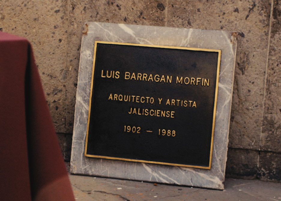 Artist turns Barragán's remains into diamond to trade for archive