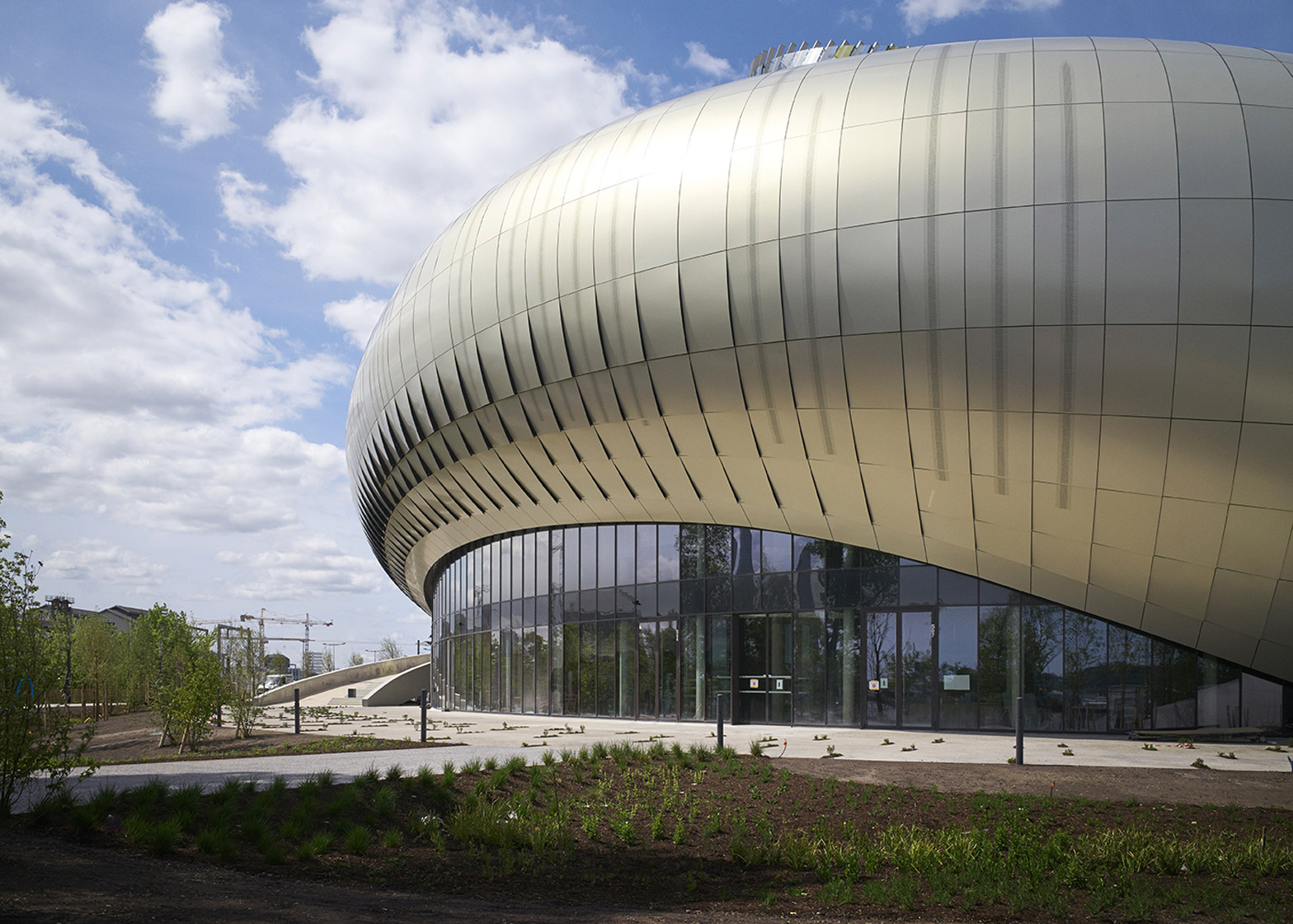 La Cité du Vin, a new wine museum in Bordeaux by XTU