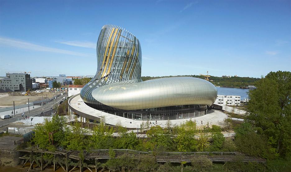 la-cité-du-vin-xtu-architecture-wine-museum-_dezeen_936_2