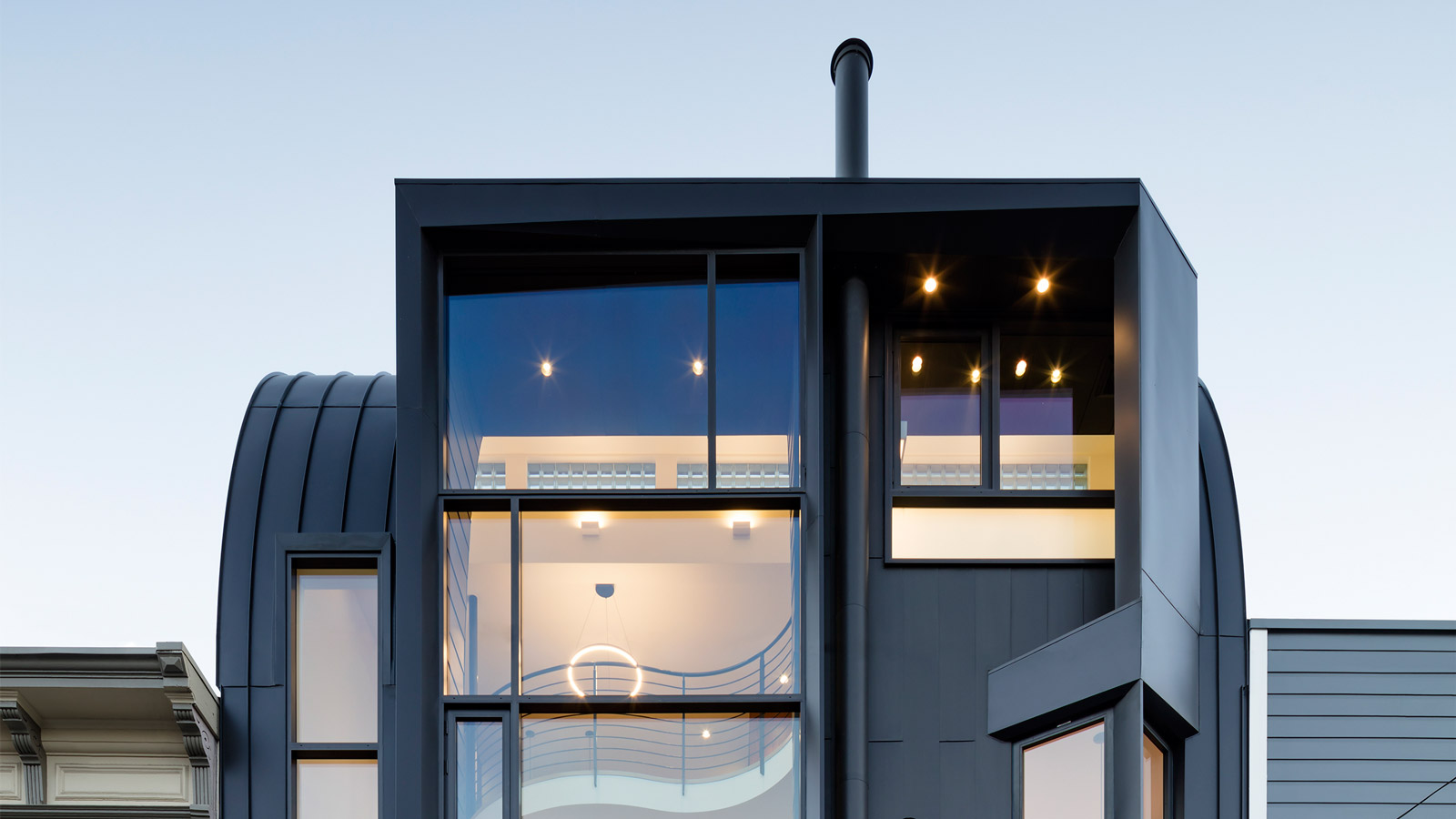 Stephen Phillips clads a San Francisco townhouse in black zinc