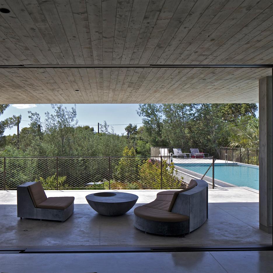 10 of the best rooftop swimming pools on Dezeen