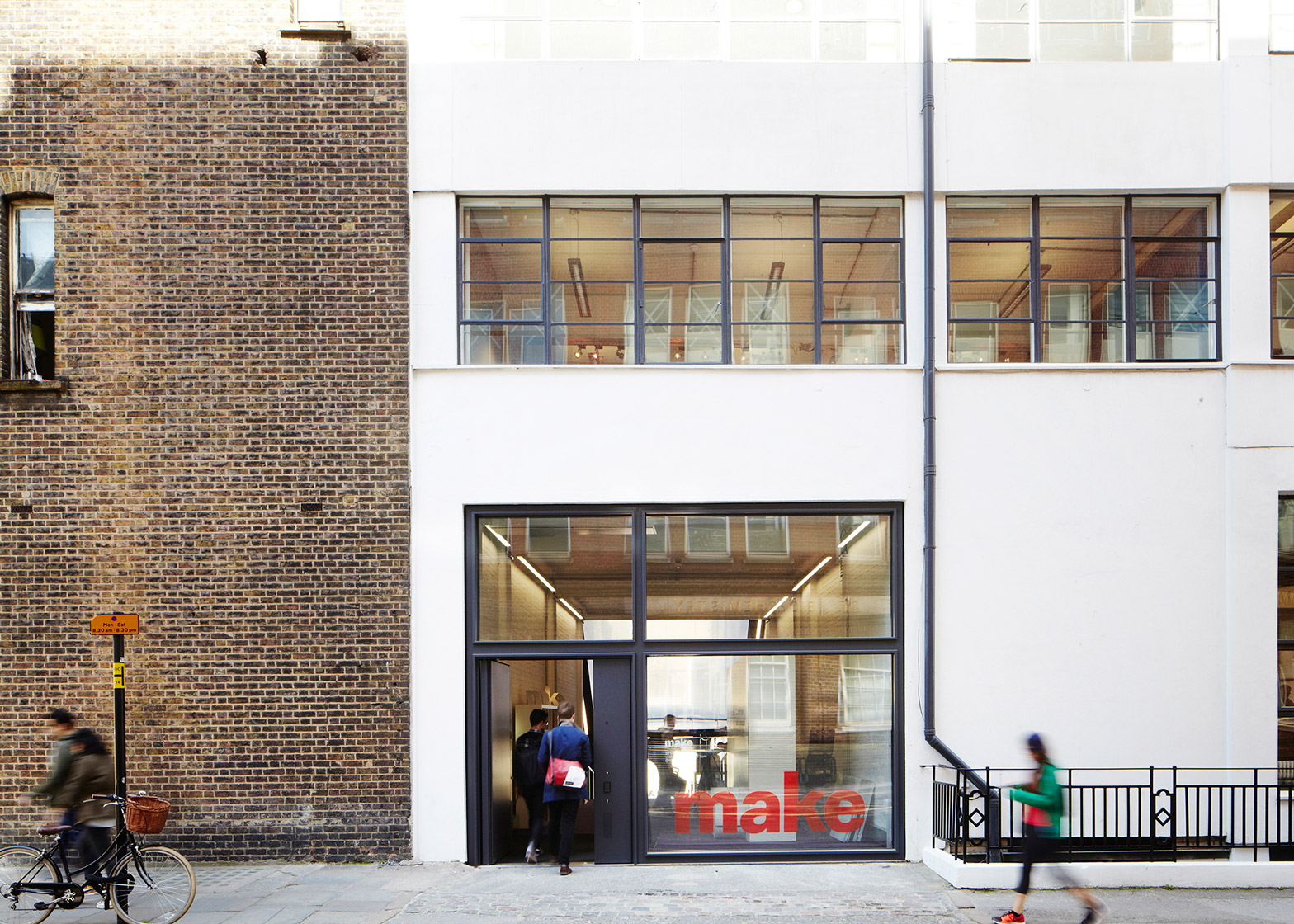 Make Architect's office in London