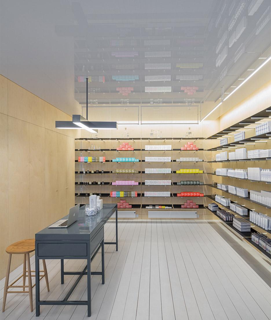 malin+goetz-apothecary-shops-jonathan-tuckey-interior-london_dezeen_936_0