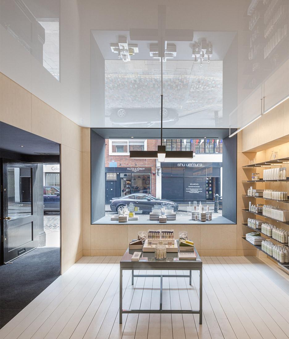 malin+goetz-apothecary-shops-jonathan-tuckey-interior-london_dezeen_936_1