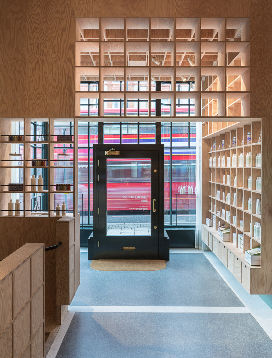 malin+goetz-apothecary-shops-jonathan-tuckey-interior-london_dezeen_936_4