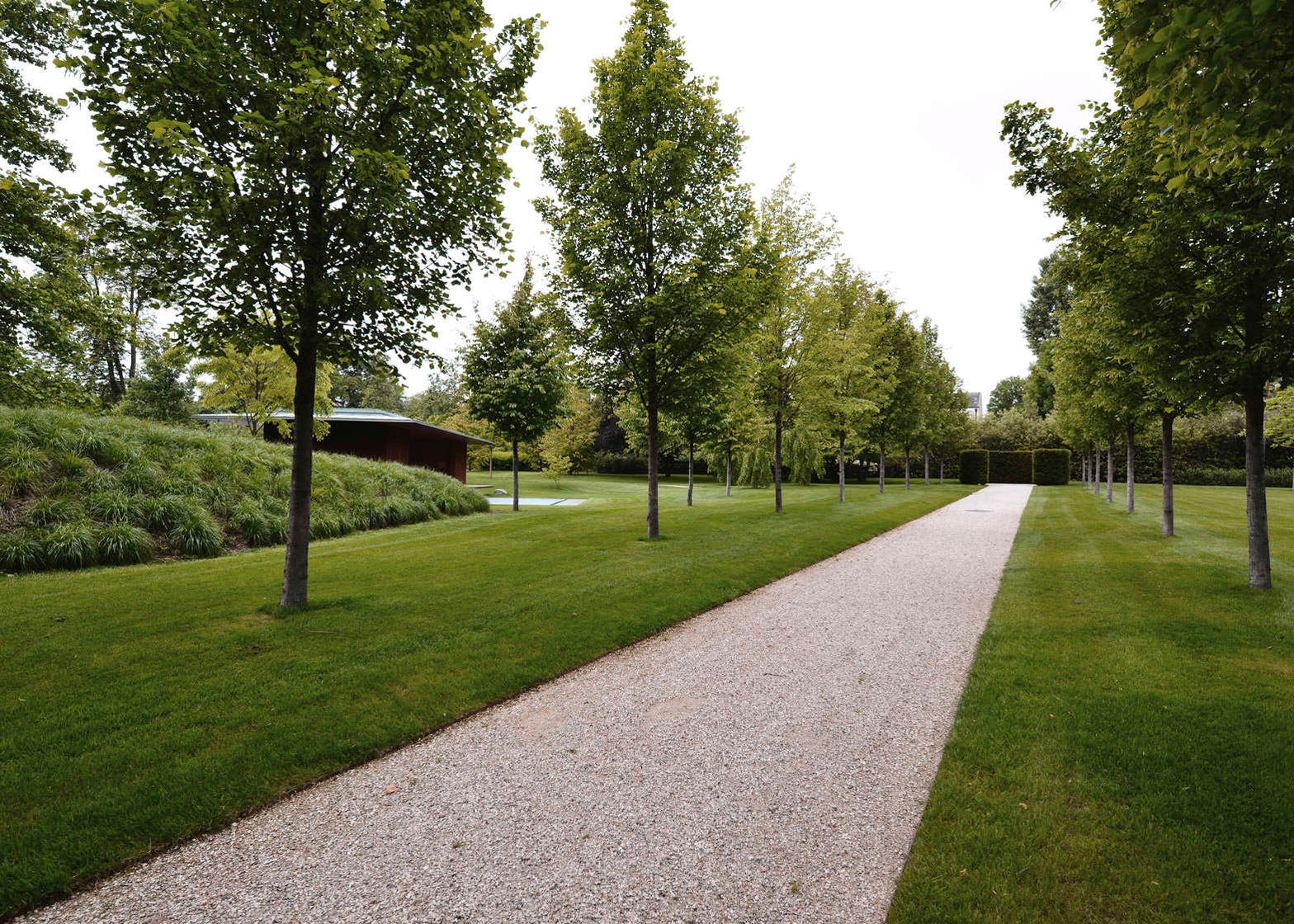 Meditation Pavilion and Garden in Geneva by GM Architectes Associes