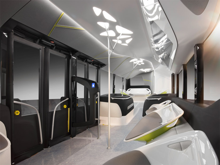 mercedes-benz-future-bus-citypilot-daimler-netherlands_dezeen_936_5