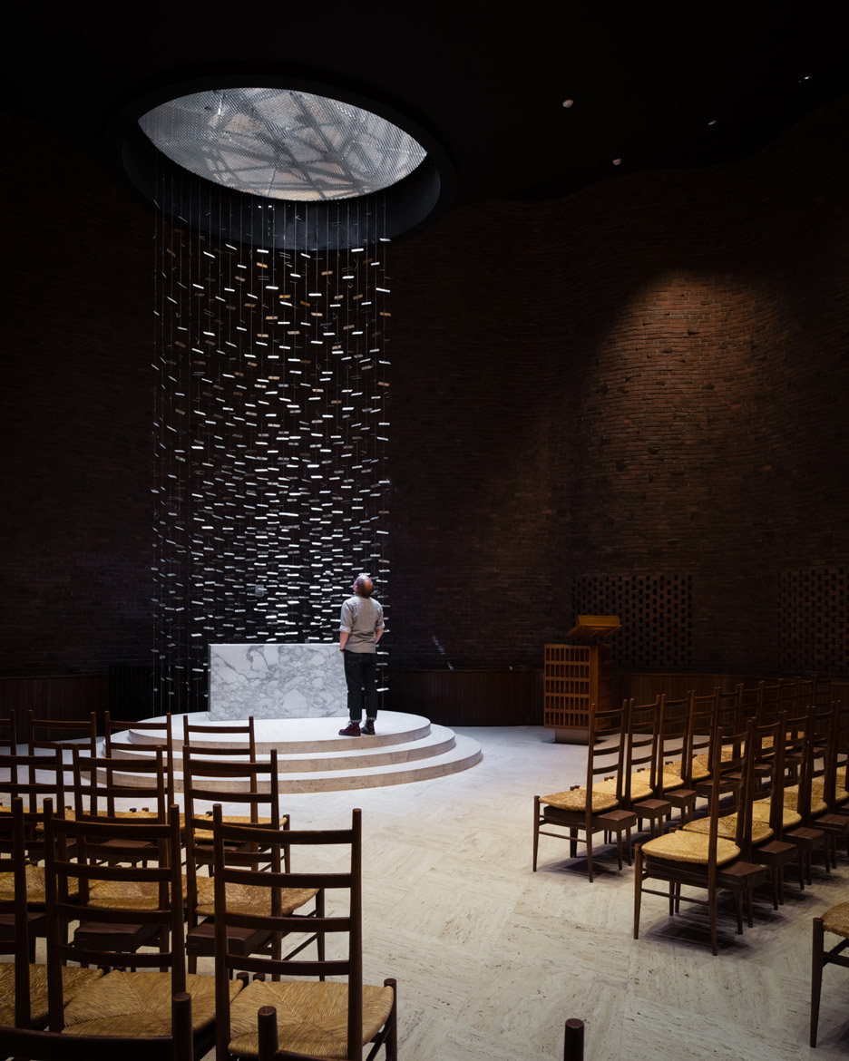 mit-chapel-eero-saarinen-photography-jim-stephenson_dezeen_936_10