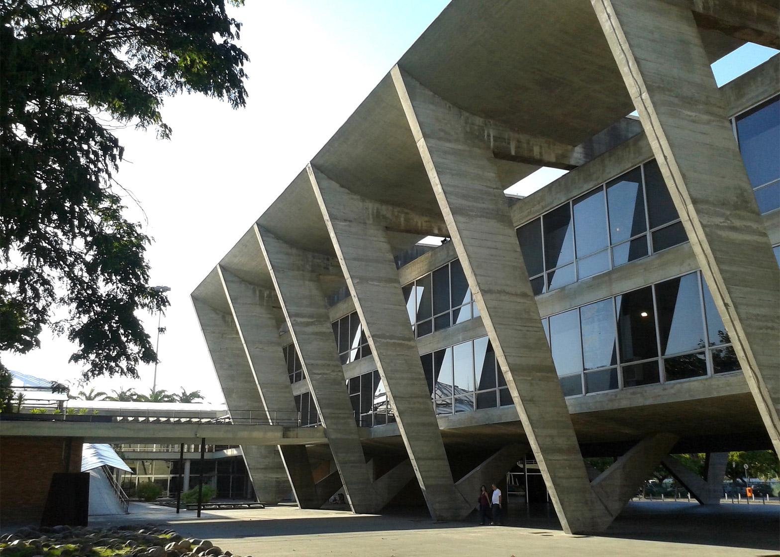 Museu de Arte Moderna by Affonzo Eduardo Reidy, 1955